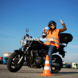 Безкоштовний урок від мотошколи FreeRide